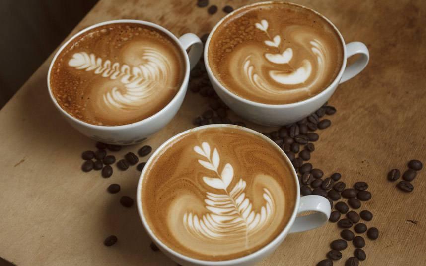 dibujos con espuma de café