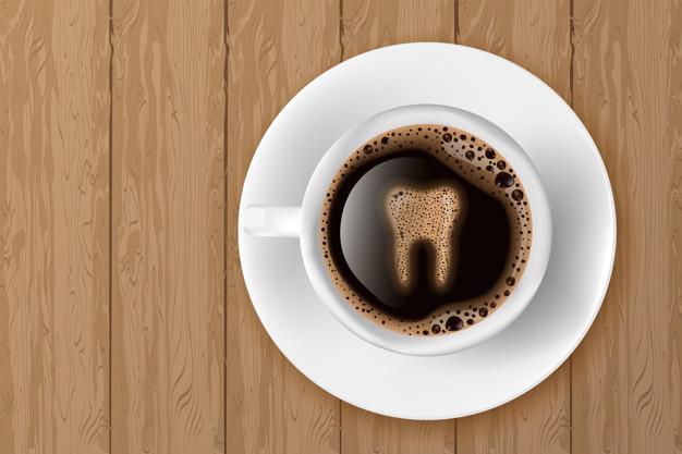 espuma de cafe con forma d carie