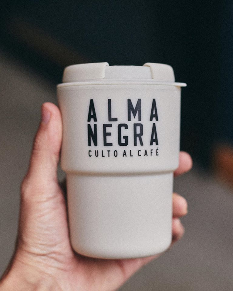 almanegra cafe
