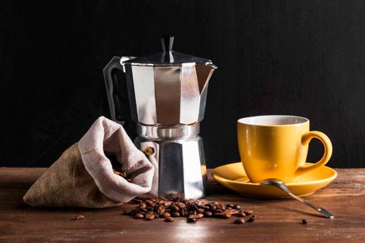 cafeteras-italianas-o-moka-cafemalist
